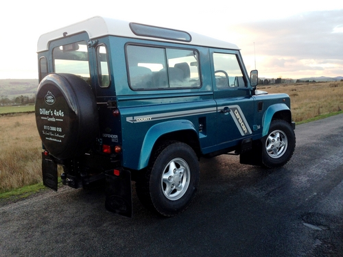 1998 Land Rover Defender 90 County Station Wagon 300 Tdi