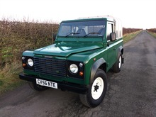 2006/56 LAND ROVER DEFENDER 90 TRUCK CAB/PICK UP Td5 **ULTRA LOW MILEAGE**