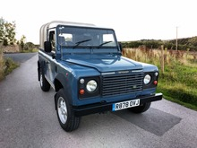 1998/R LAND ROVER DEFENDER 90 300 Tdi Truck Cab/Pick Up with iFor Williams