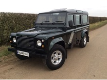 97/R LAND ROVER DEFENDER 110 COUNTY STATION WAGON 300 Tdi *ONLY 68,000 MILES*